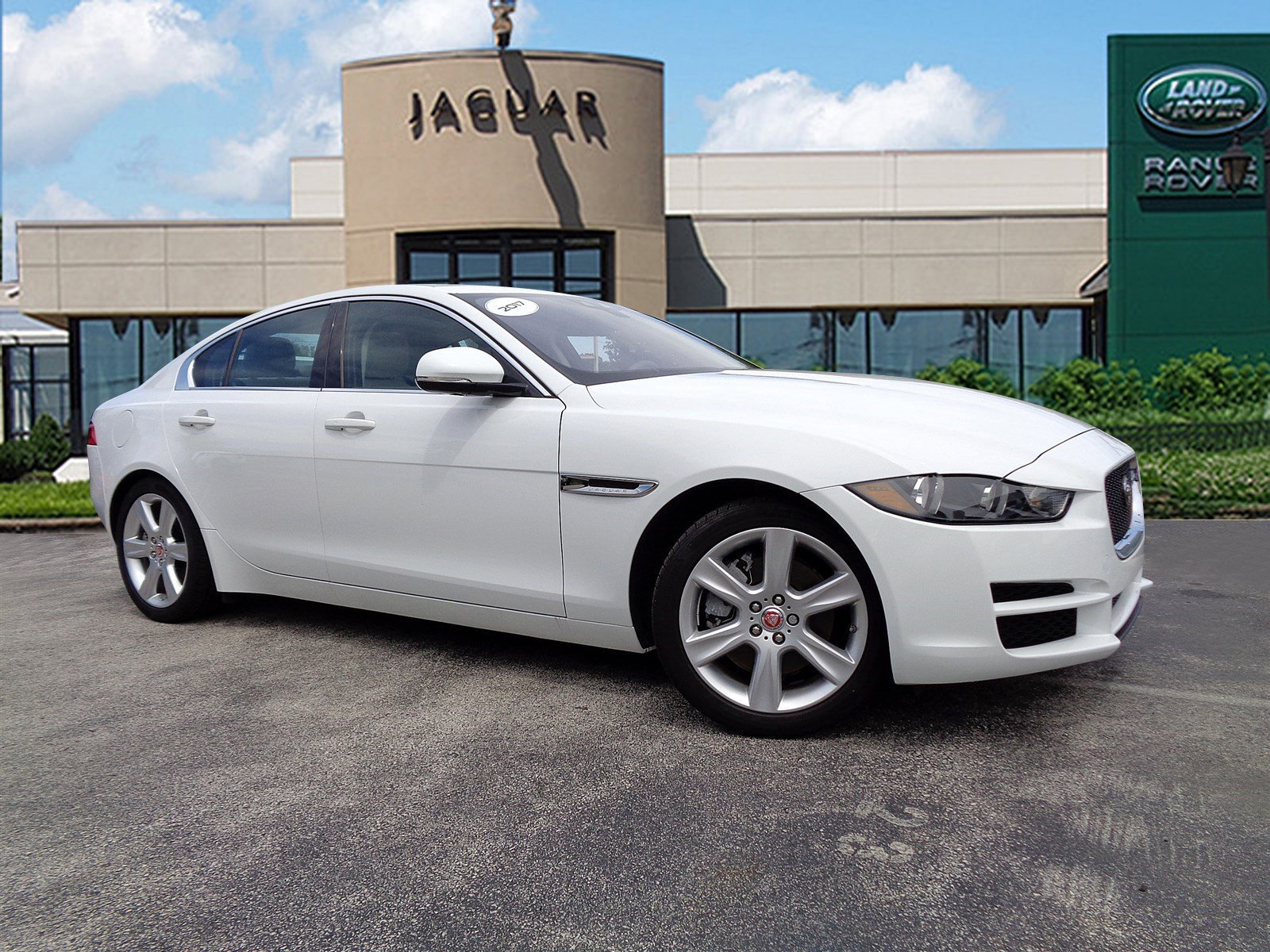 car manheim owned pre in prestige used awd inventory jaguar xe