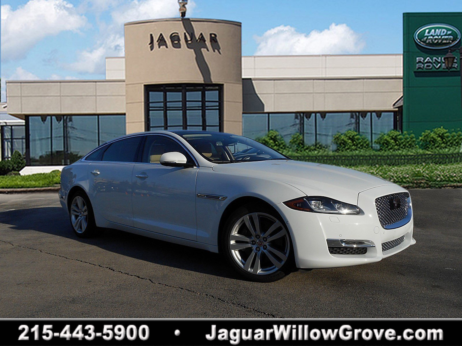 Certified Pre-Owned 2016 Jaguar XJ XJL Portfolio With Navigation & AWD
