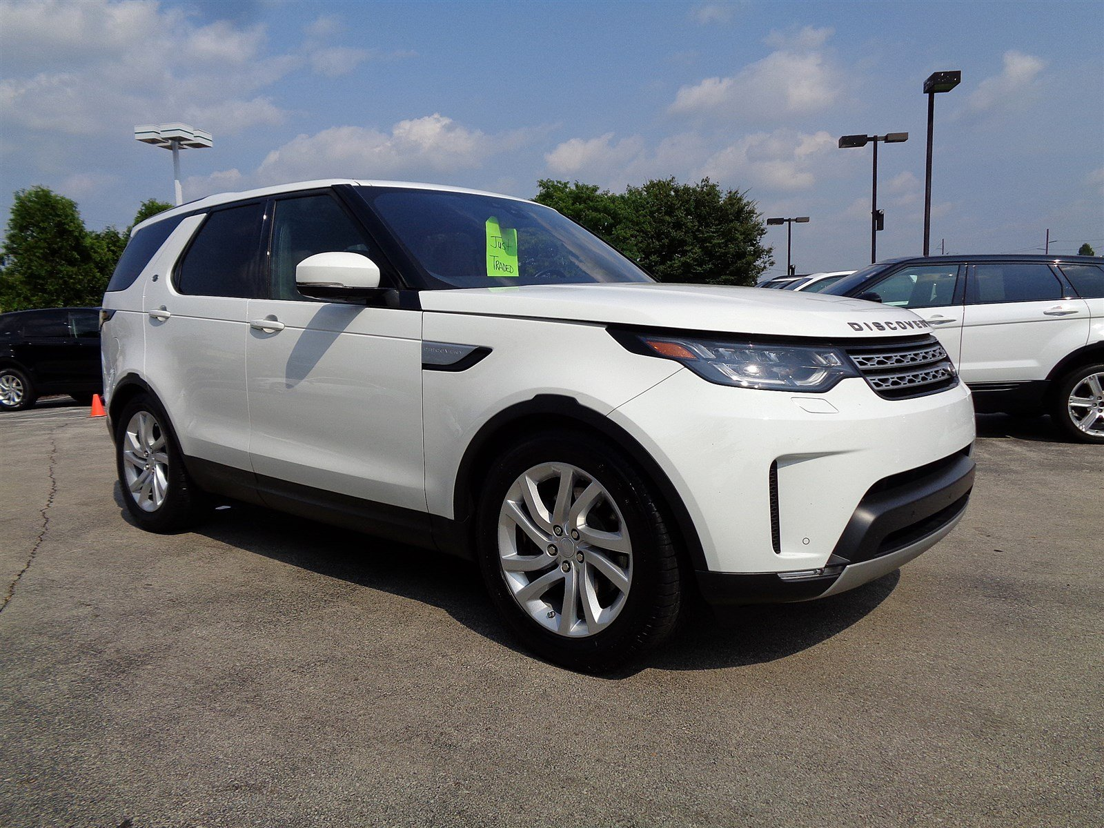 Pre-Owned 2017 Land Rover Discovery HSE Four Wheel Drive Sport Utility
