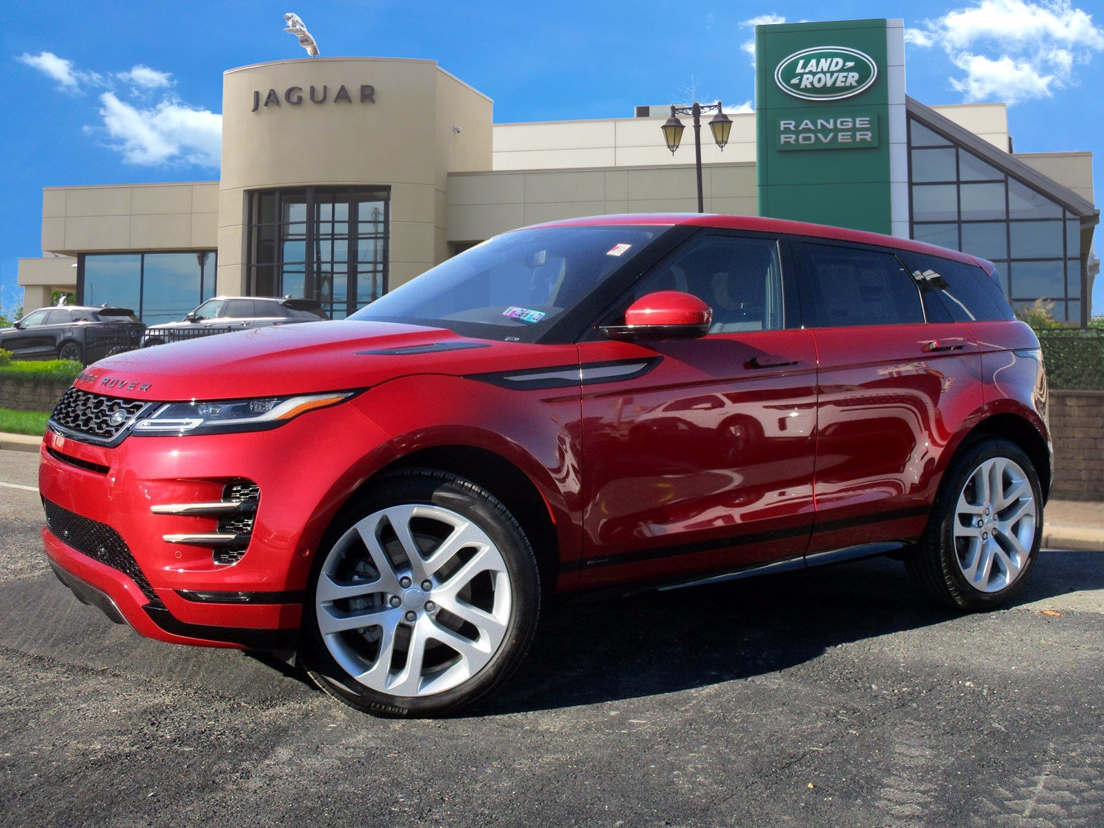 2020 Land Rover Range Rover Evoque SE With Navigation & AWD